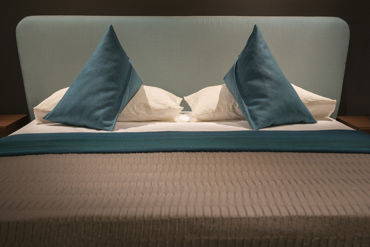 Buy Queen Size Sheets If Mattress Measurements Are 60*80 Inches